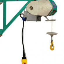 ES150 scaffold hoist