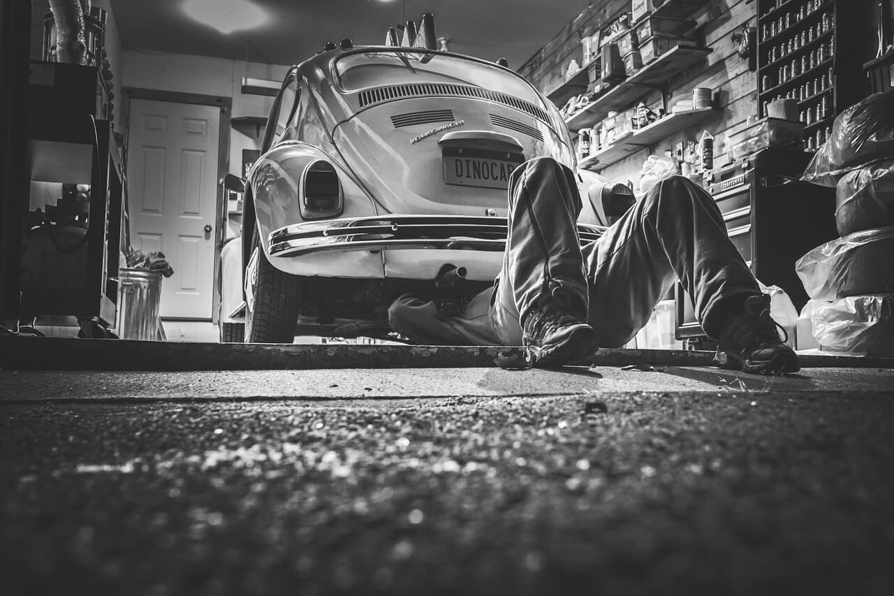 lifting cars and trucks