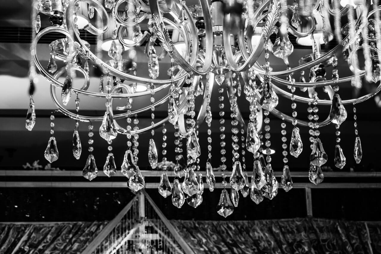 how to clean a chandelier easily